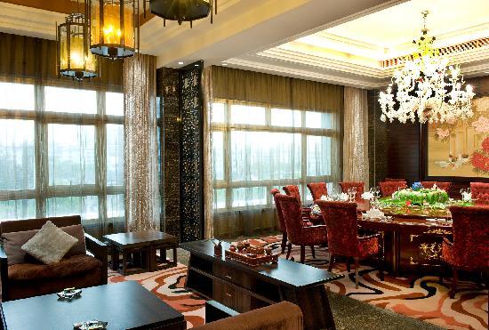 Jinding Hotel : 金鼎大酒店豪华餐饮包厢