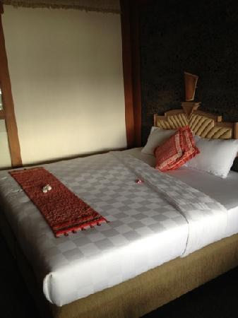 Nugraha Lovina Seaview Resort: 房间内部