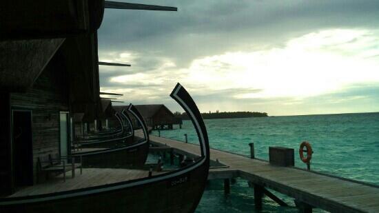 COMO Cocoa Island: 非常漂亮的船屋
