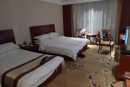JJ Pearl Hotel: 母子床