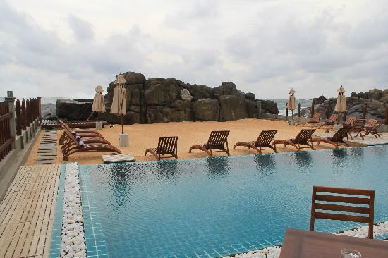 Thaproban Pavilion Resort and Spa : 泳池/海滩区