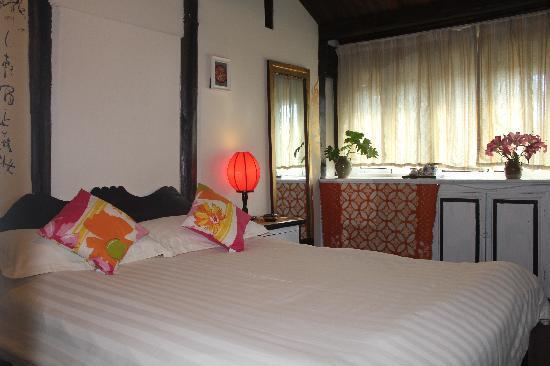 Fenghuangge Hostel: 清心雅筑大床房