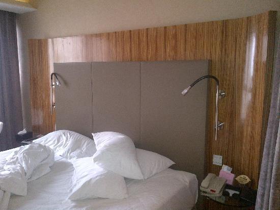 E.M Grand Hotel: 大床房