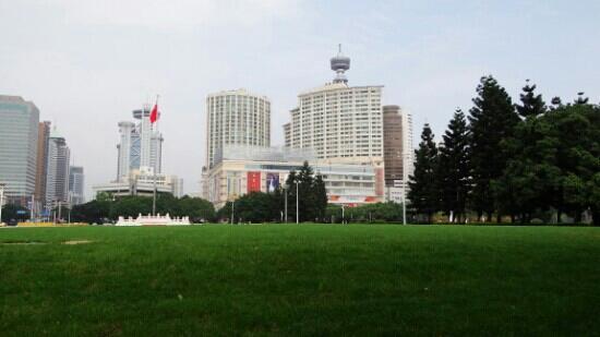 Wuyi Square Park: 五一广场公园