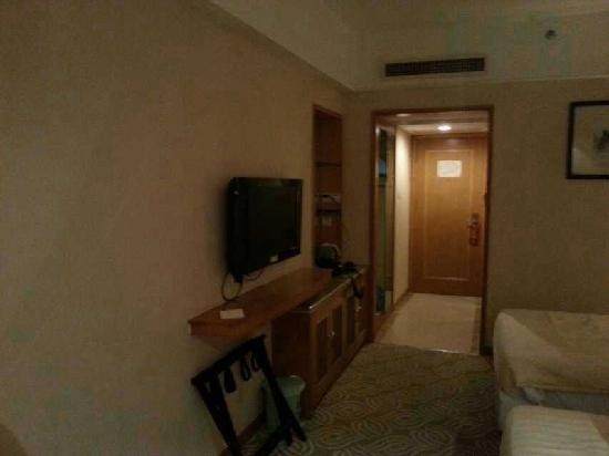 Guangyong Lido Hotel: 这是22楼的双人房间