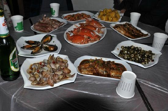Yuzhan Minsu: 宴