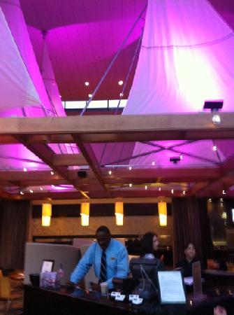 Deco Restaurant