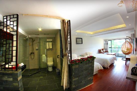 Best Eastern Hotel: 观景家庭房