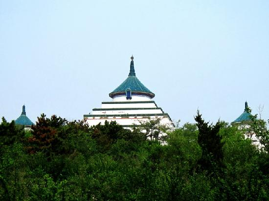 Genghis Khan Temple: 成吉思汗庙