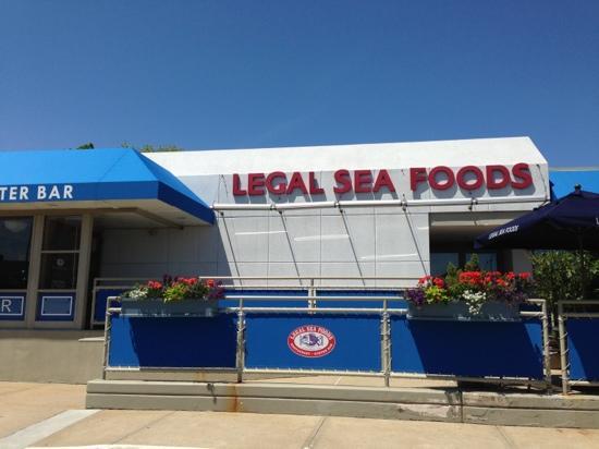 League seafood
