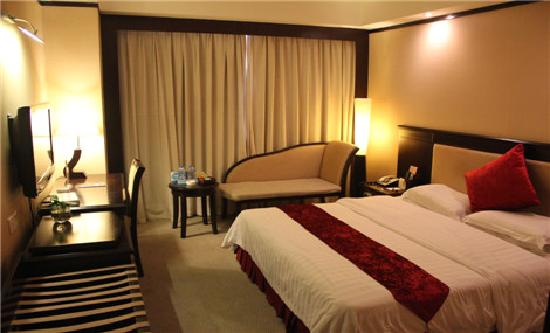 Overseas Chinese Hotel: 豪华大床房