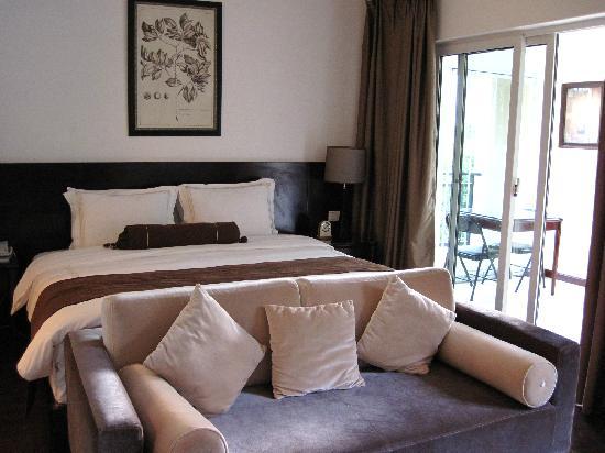 Longxin Hubo Hotel
