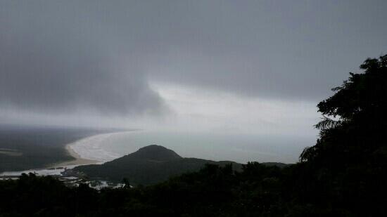 Tonggu Ridge : 悲摧啊!下雨去的!