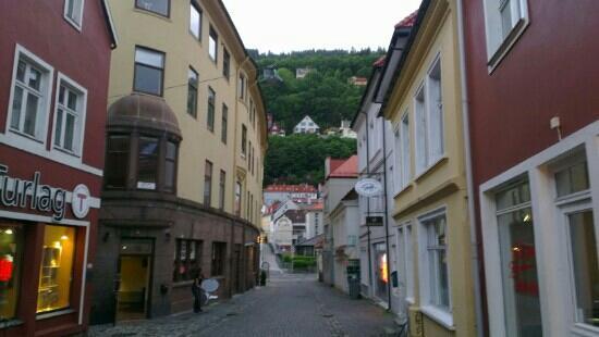 Marken Gjestehus: 旅馆所在,童话一般