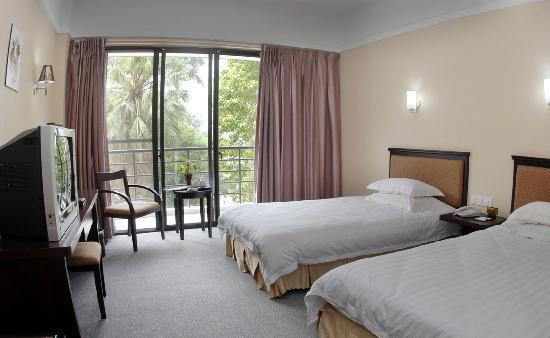 Zhenlong Hotel