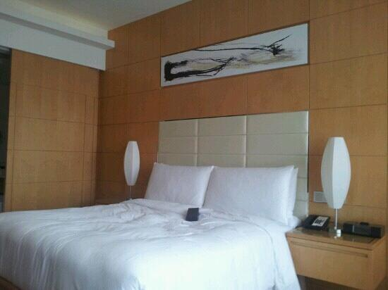 Renaissance Shanghai Putuo Hotel: 行政大床房