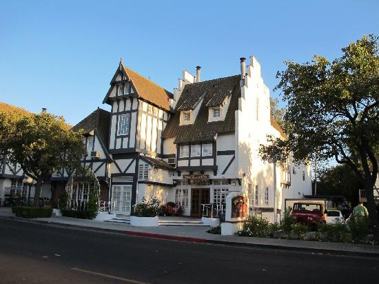 Solvang Inn and Cottages: 外观