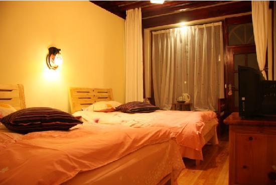 Adu Hostel Lijiang Shuhe: 标间