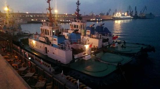 Dalian Port: 111111