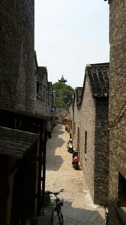Mt. Nanshan Scenic Reosrt : 巷道