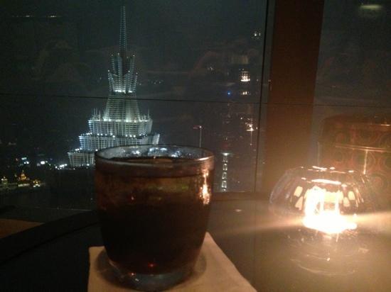 Park Hyatt Shanghai: 云端上的酒店