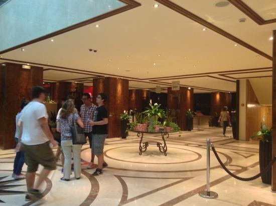 President Hotel : lobby