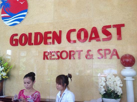 Golden Coast Resort and Spa: 前台