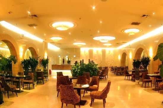 Yilong Hotel: 照片描述