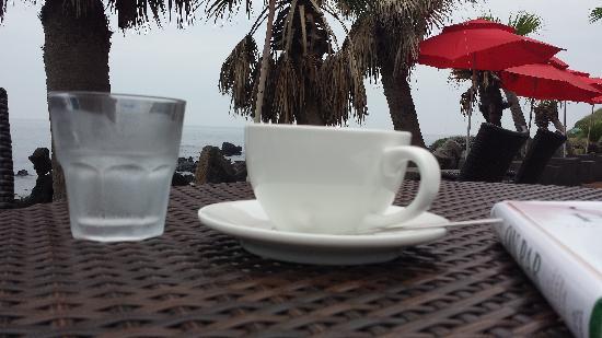 UFO Cafe & Restaurant