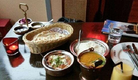 Vedas Indian Restaurant (Changshu Road) : 餐厅