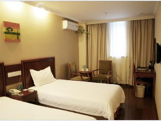 GreenTree Inn Shanghai Zhangjiang Business Hotel: 客房