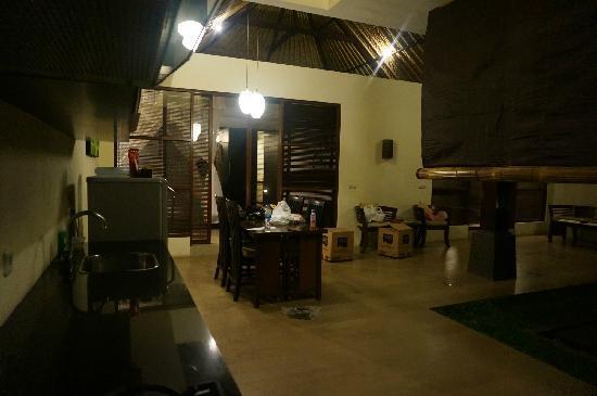 Bali Rich Luxury Villas Ubud: living room