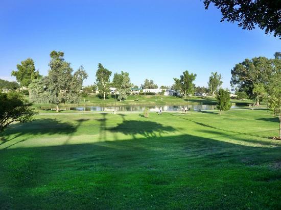Scottsdale Park Suites: 高尔夫球地方非常好
