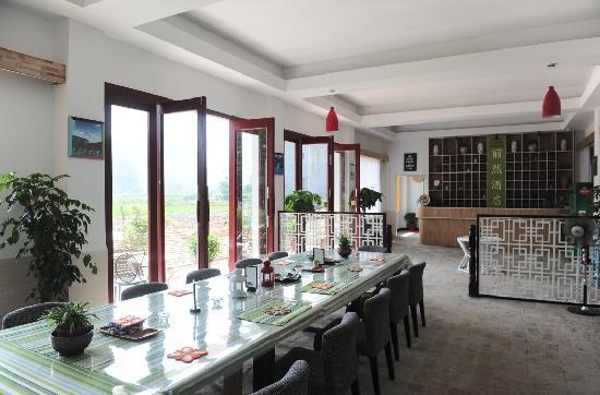 CTN Karst Inns: dining room
