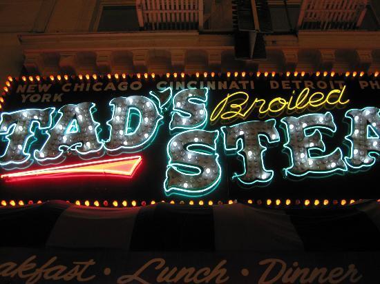 Tad's Steakhouse : 店招