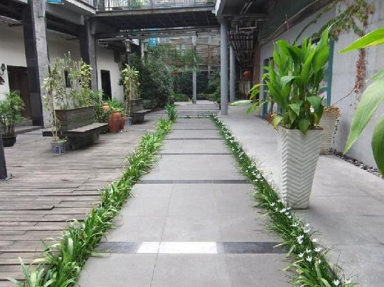GreenTree Inn Shanghai Nanxiang Express Hotel: 酒店