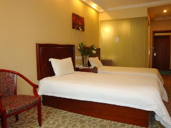 Green Tree Inn (Shanghai Nanqiao Nanfeng Road Express Hotel)