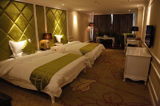 Sheng Di Hotel: 豪华套房