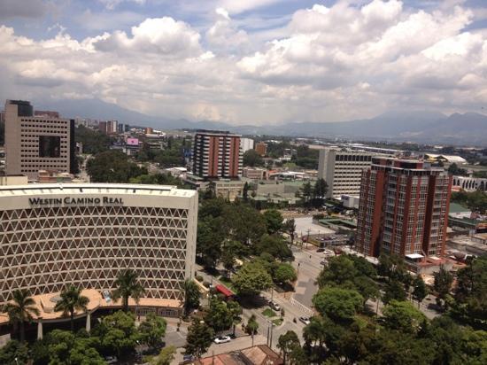 The Westin Camino Real Guatemala: 环境幽雅,闹中取静
