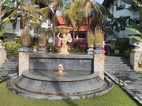 Club Bali Mirage: 酒店的后花园