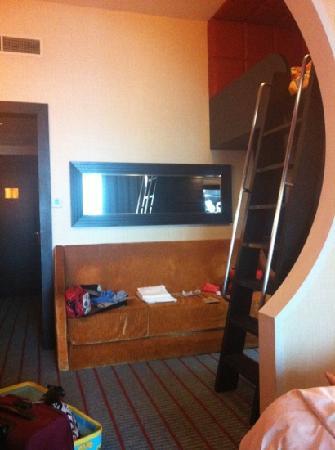 Resorts World Sentosa - Festive Hotel: 套房阁楼