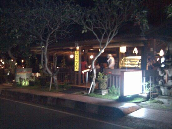Pundi-Pundi Grill & Asian Cuisine: 餐厅