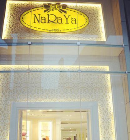 Naraya Riverside Resort: NaRaYa