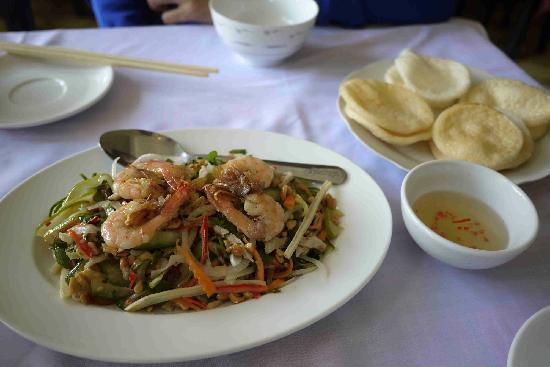Trong Dong Restaurant: Vietnamese salad