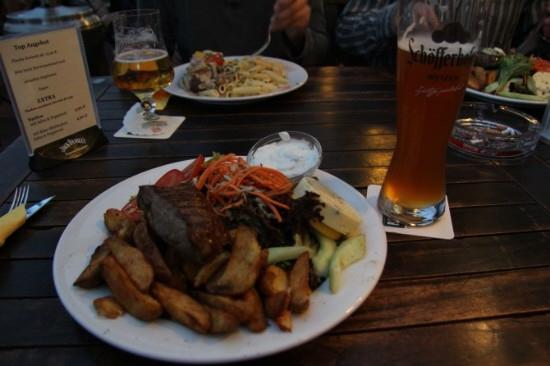Uncle Tom's: Grandfather's steak