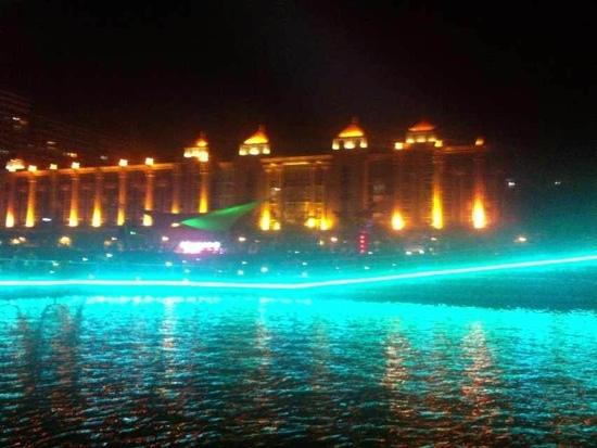 Nantong Hao River: 夜游