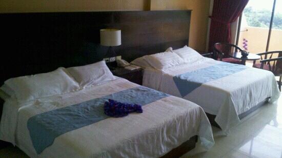 Boracay Ecovillage Resort and Convention Center: 房间内部