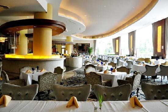 Country Garden Phoenix Hotel: 翠湖西餐厅