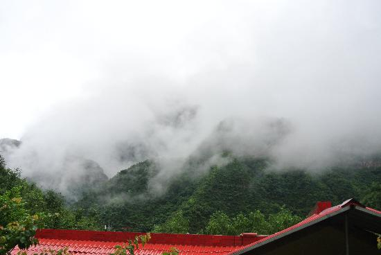 Chaoyang Ditch Scenic Resort: 雨后绝境
