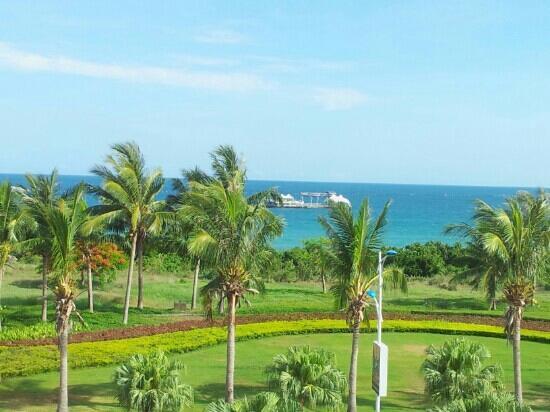 Tian Hong Resort: 在房间露台拍摄的海景